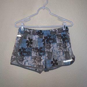 😍😍brooks shorts 😍😍